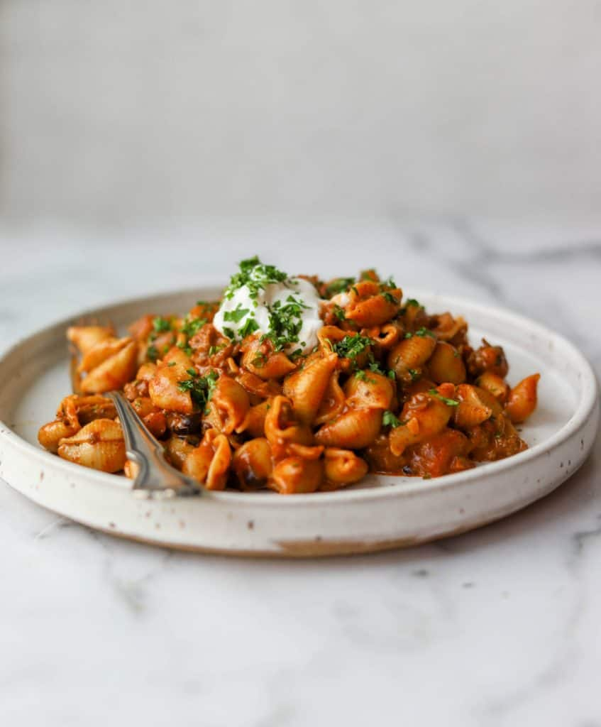 Cheesy taco pasta on a plate