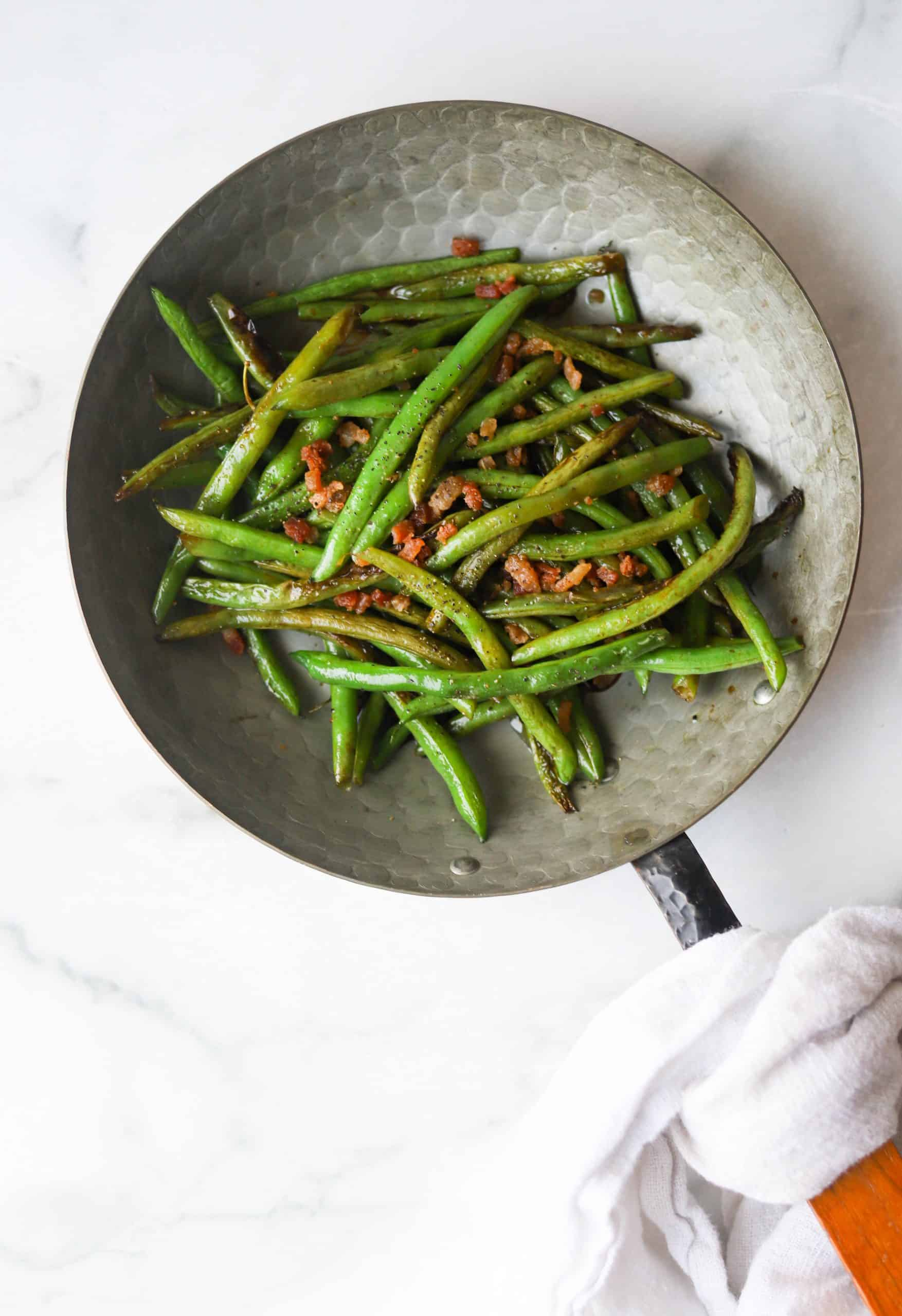 Green beans in a copper pan